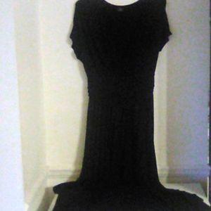 AGNES Dora black floor-length dress